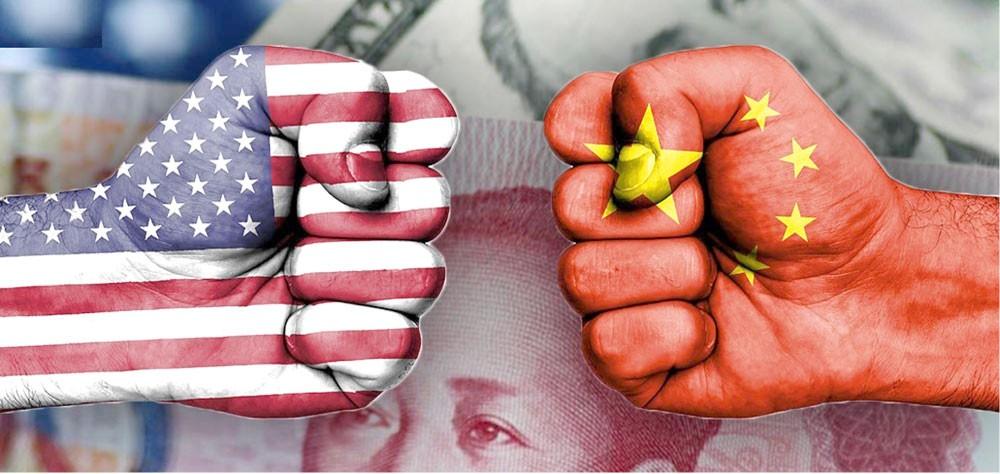 الحرب التجارية بين واشنطن وبكين تحتدم