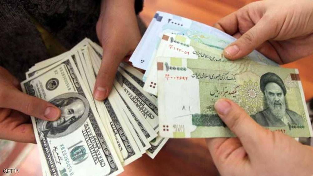 الريال الإيراني يسجل هبوطا قياسيا عند 170 ألفا للدولار
