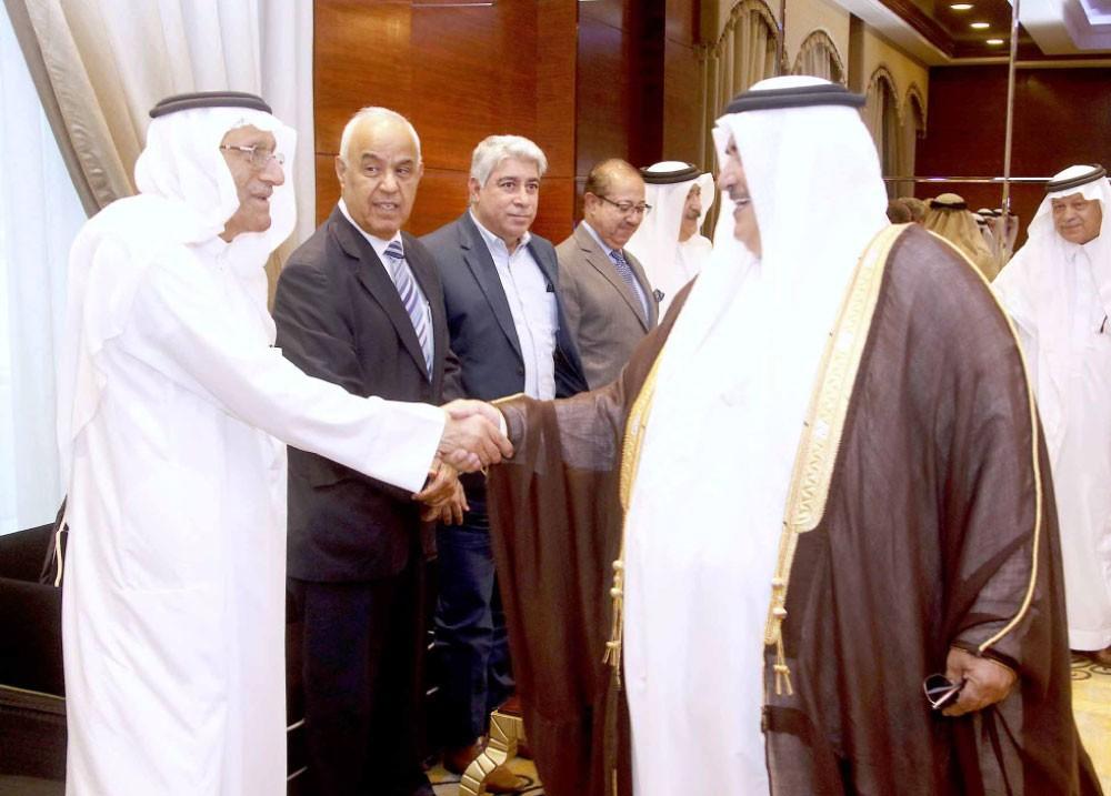 """رئيس """"الشورى"""" ووزراء وبرلمانيون ودبلوماسيون حضروا تدشين الكتاب"""