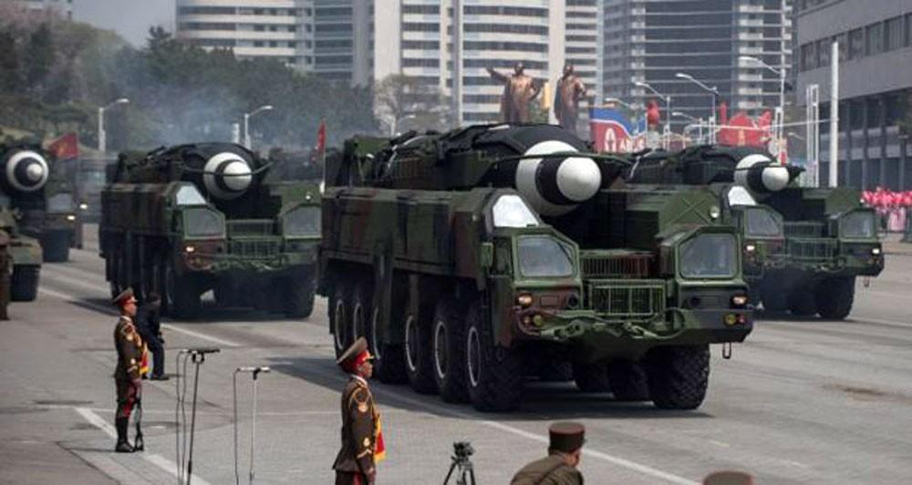 كوريا الشمالية تعزز قواعد الصواريخ