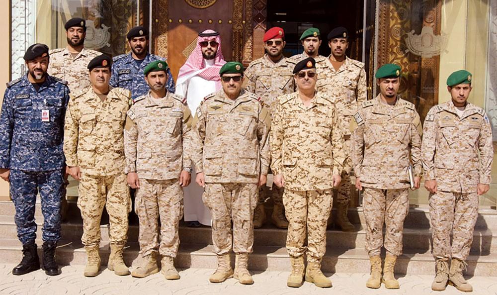 قائد القيادة العسكرية الموحدة يزور المتحف العسكري