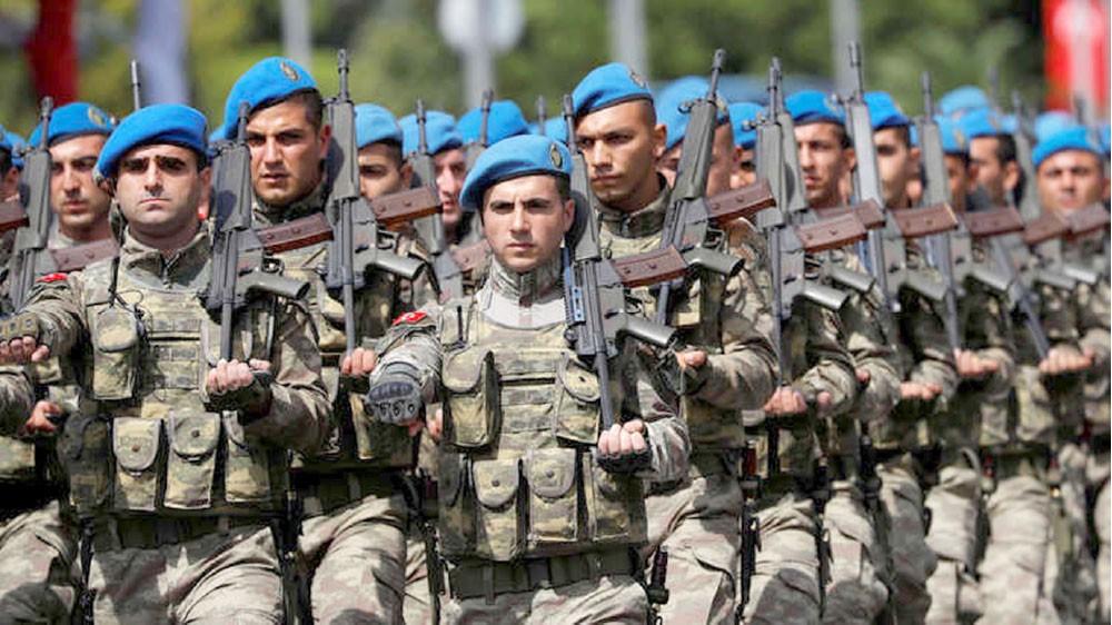 """تركيا تنشر """"الكوماندوز"""" على حدود إدلب"""