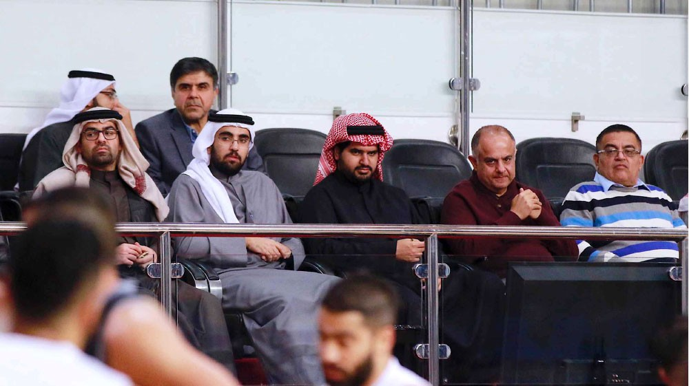 """المنامة يحسم صدارة """"زين"""""""