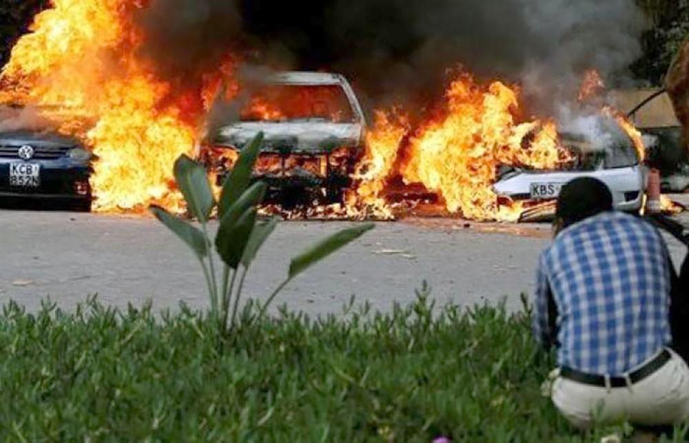 انفجار ضخم وإطلاق نار وسط نيروبي