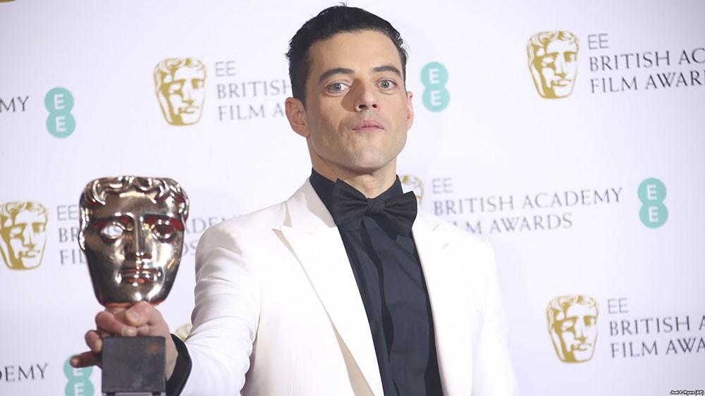 رامي مالك يتألق في توزيع جوائز BAFTA