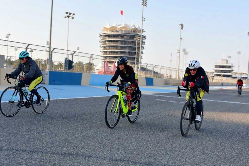 حلبة البحرين تشارك باليوم الرياضي