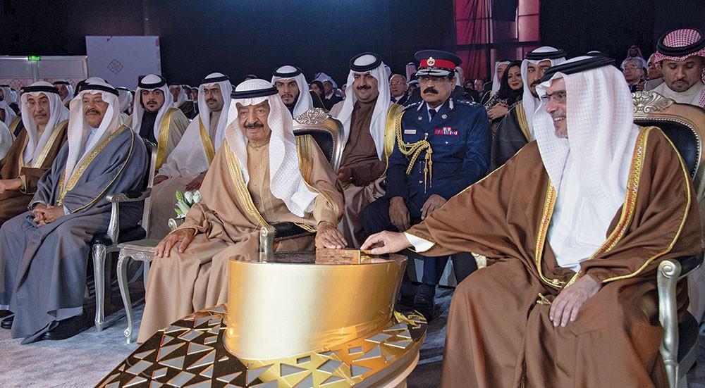 سمو رئيس الوزراء يدشن المشروع الصناعي الأضخم في تاريخ البحرين