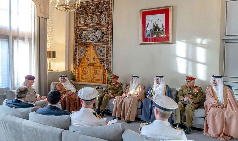 علاقات متميزة بين البحرين وبريطانيا