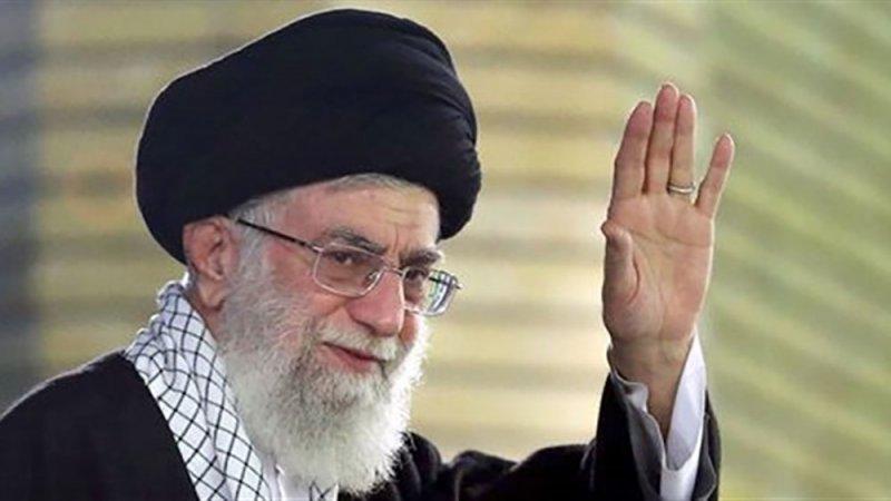 """إيران... مطهري يلمح إلى عدم كفاءة """"المرشد"""""""