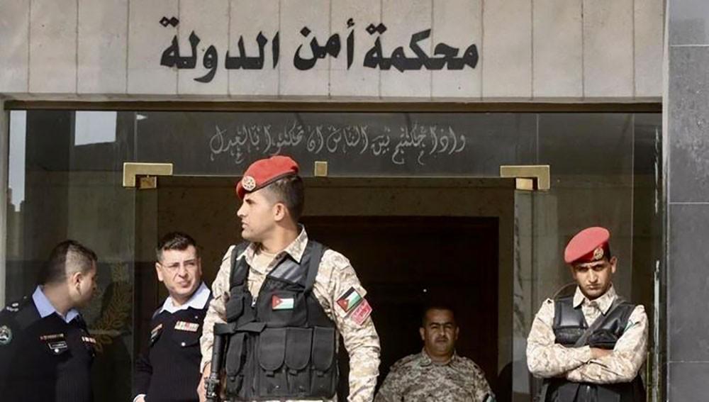 """سجن 10 أردنيين بتهمة الترويج لـ """"داعش"""""""