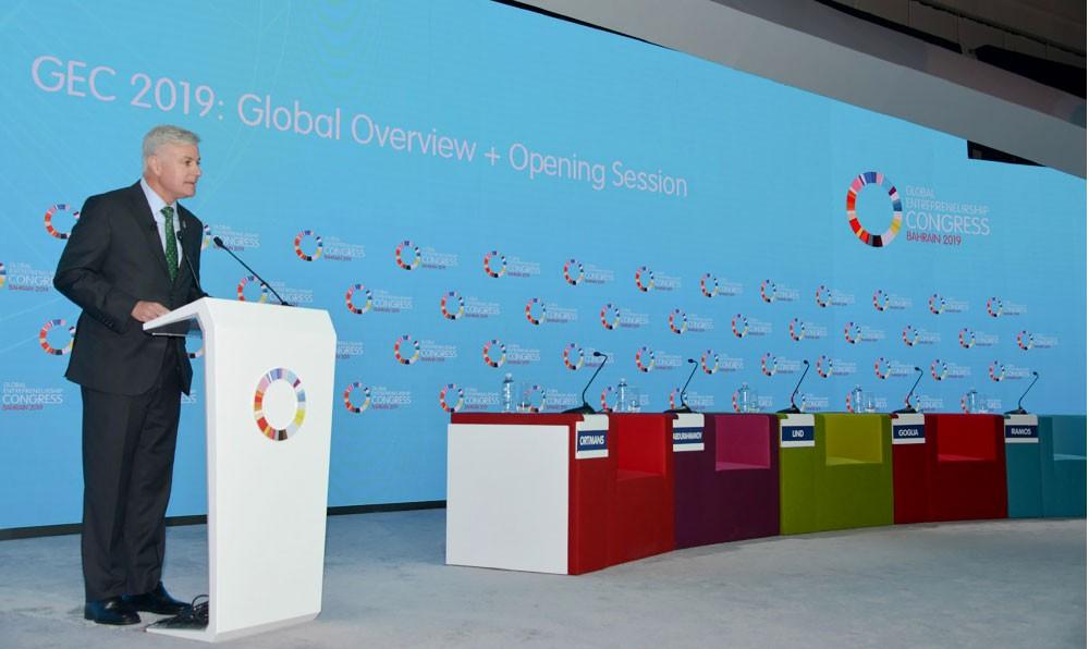 الزياني: خطة لرفع الناتج المحلي وزيادة الصادرات