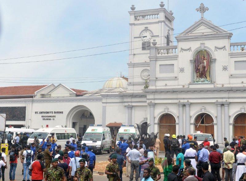 مئات القتلى والجرحى في اعتداءات بسريلانكا