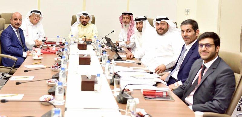 رواتب الأجانب بالشركات الوطنية تفوق البحرينيين