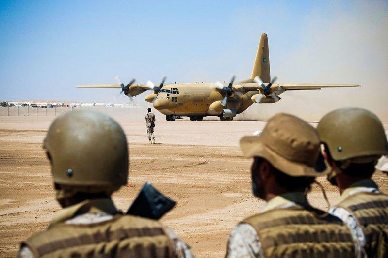 التحالف العربي يدك مواقع الحوثيين في حجة