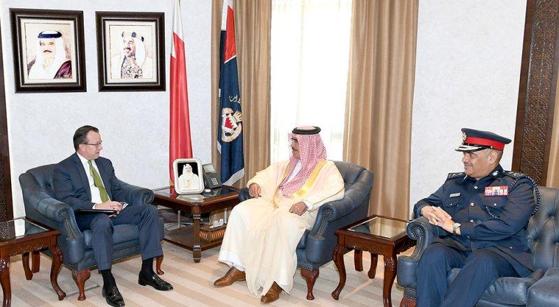 استعراض العلاقات البحرينية الأميركية