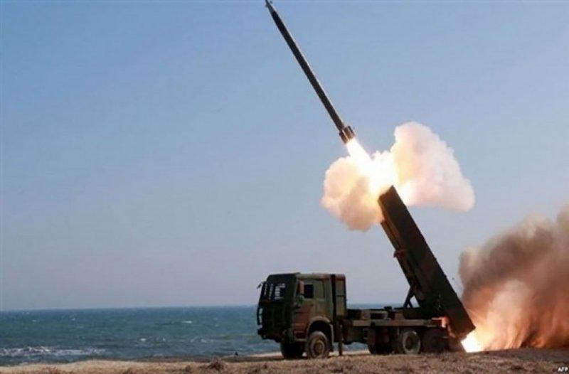 صواريخ إسرائيلية تقتل وتصيب جنودا سوريين