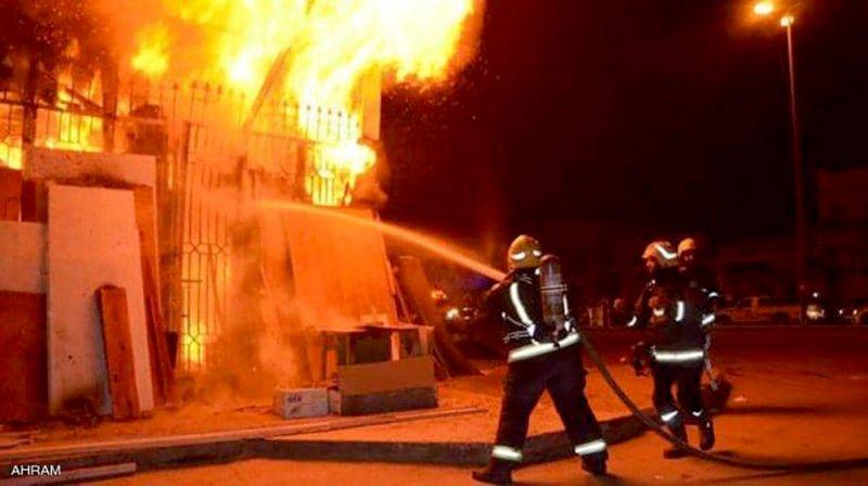 حريق هائل في كنيسة الأنبا بولا وسط القاهرة