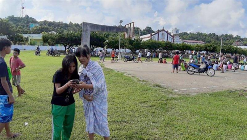 8 قتلى وعشرات الجرحى بزلزالين ضربا الفيليبين