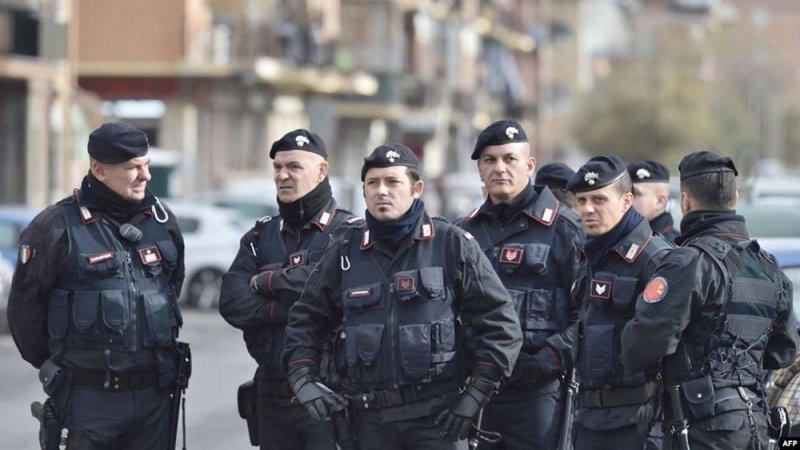 مقتل شرطي على يد سائح أميركي في روما