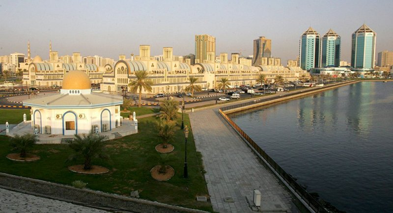 الإمارات تسمح للمقيمين برفقة ذويهم بالعمل