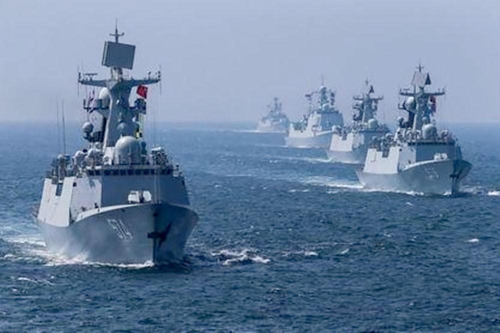 الصين قد ترافق سفنا في الخليج بموجب مقترح أميركي