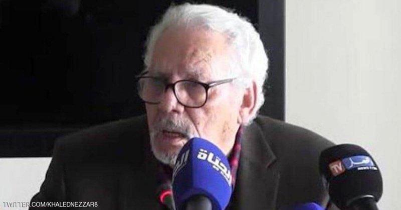 الجزائر .. أمر بالقبض على وزير الدفاع الأسبق