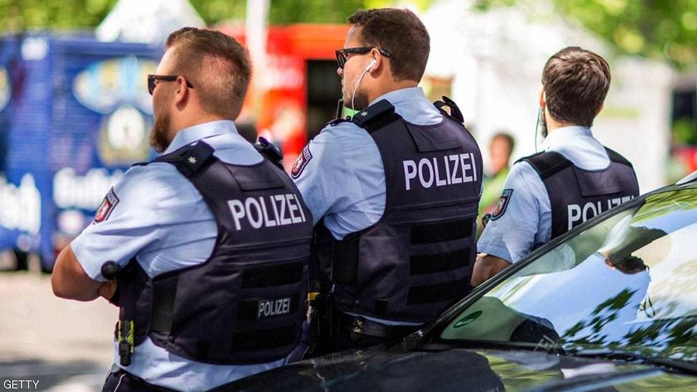 """""""دبابير غاضبة"""" تقدم خدمة للشرطة الألمانية"""