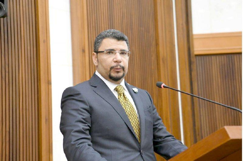 ياسر حميدان يؤكد إسهام الشباب بنهضة التعليم