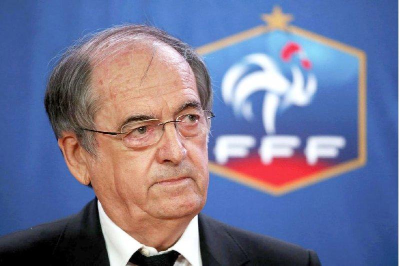 فرنسا ترحب بمواجهة الجزائر