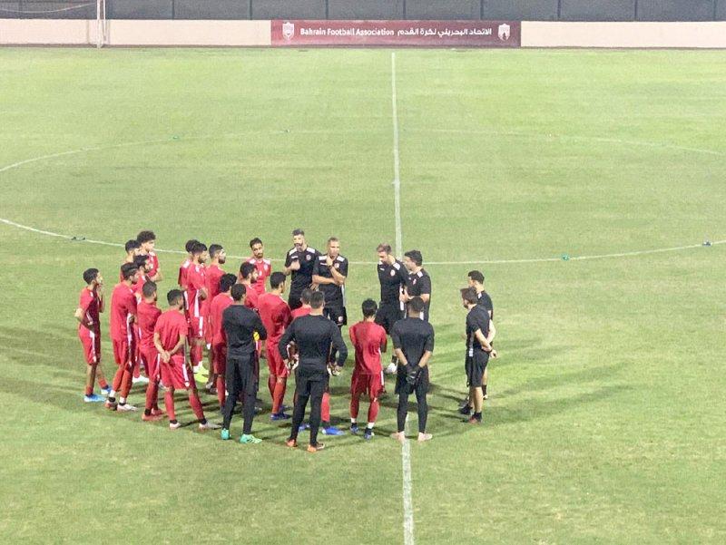 الأحمر يواصل الاستعداد لودية أذربيجان