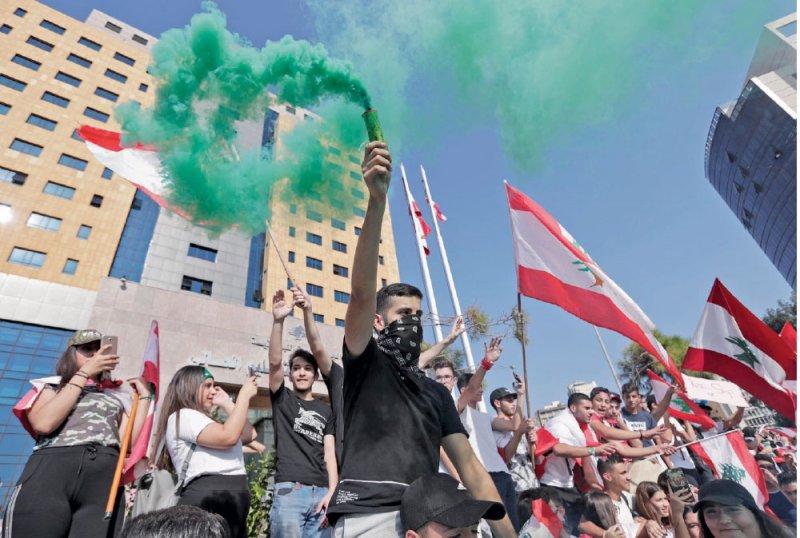 تظاهرات لبنان.. تغيير في تكتيك الاحتجاجات