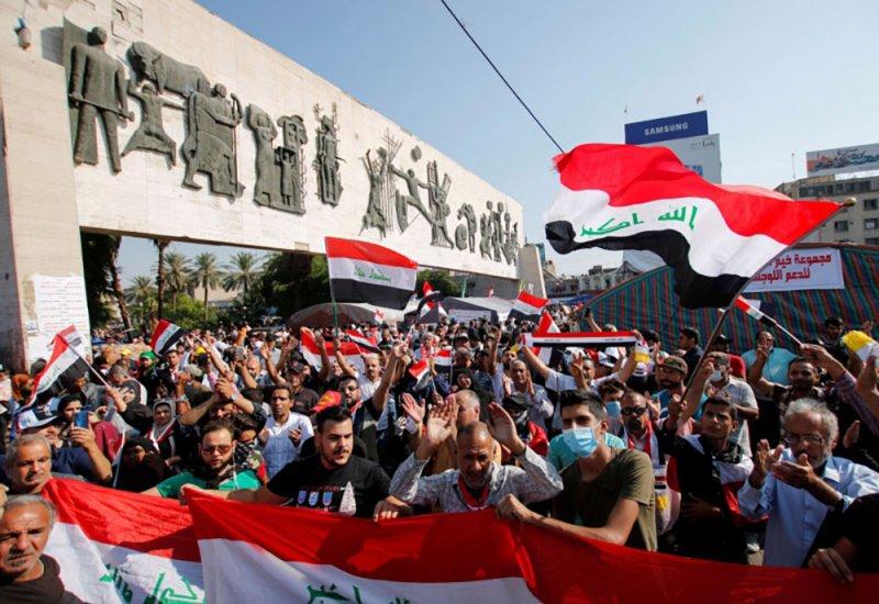 احتجاجات العراق تهدد نفوذ إيران