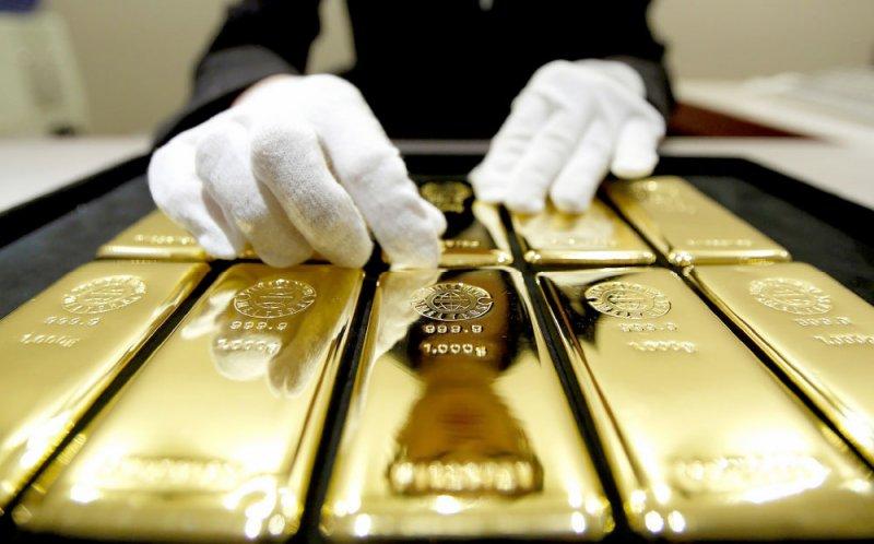 الذهب ينخفض 14 % منذ بداية 2019