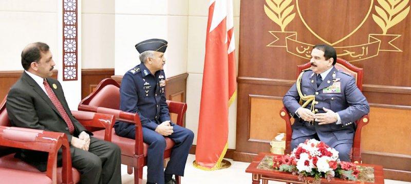 جلالة الملك يؤكد عمق العلاقات بين البحرين وباكستان
