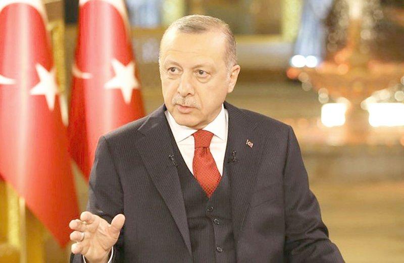 الرئيس التركي يعزل رؤساء 5 بلديات