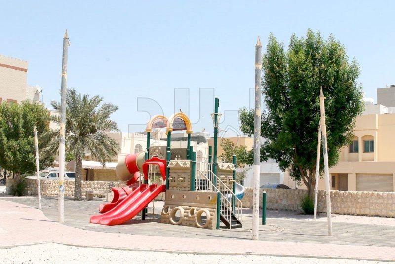 حديقة الساية غرقت بوعود البلدية... لا لوز ولا كنار