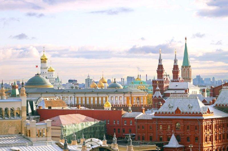 انطلاق معرض للكتاب بروسيا يضم 200 ناشر