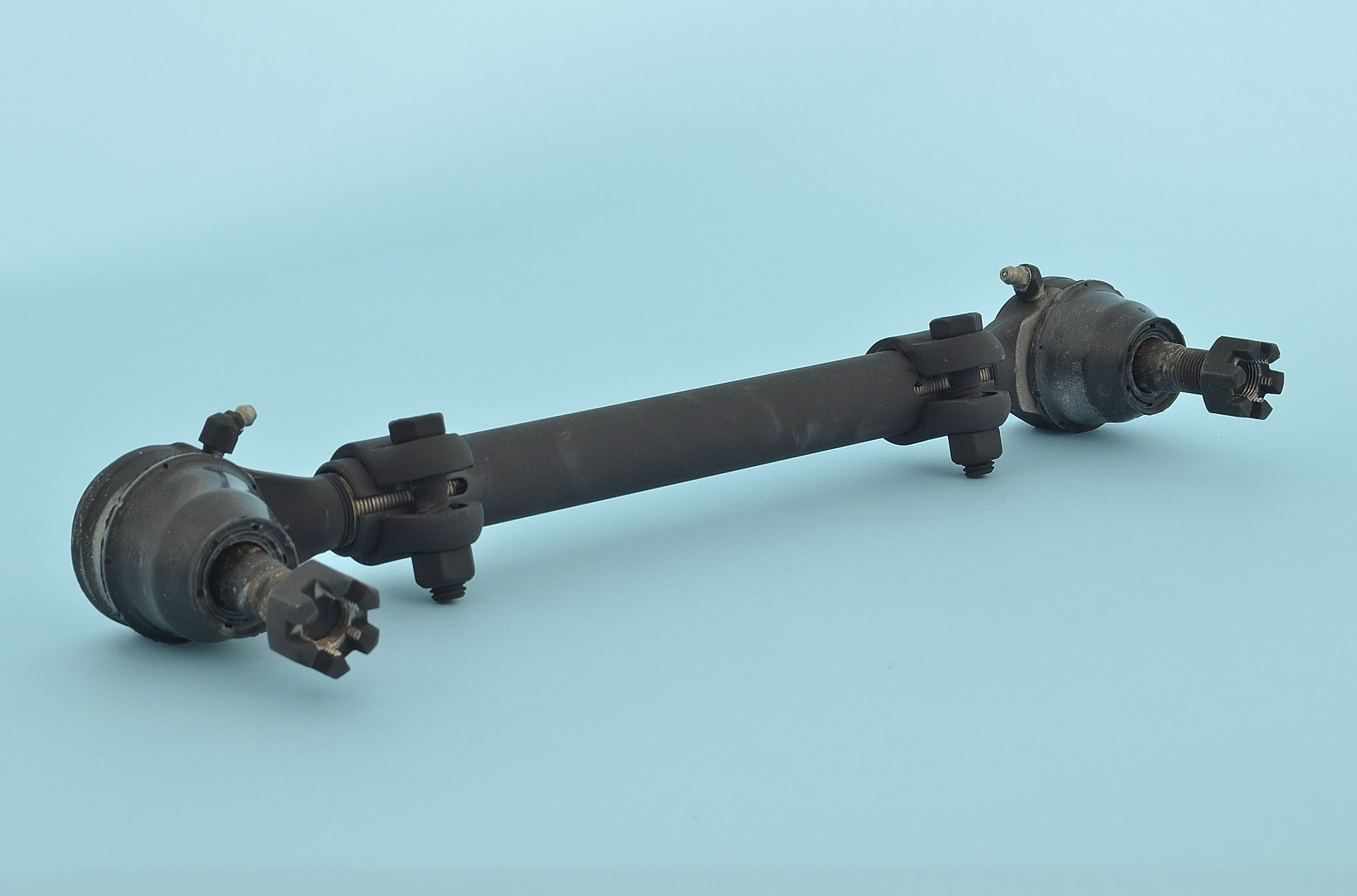 TIE ROD ASSEMBLY FRONT