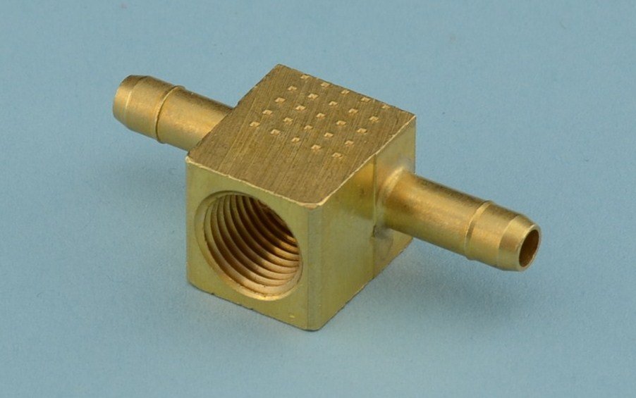 BRASS FITTING T FEMALE