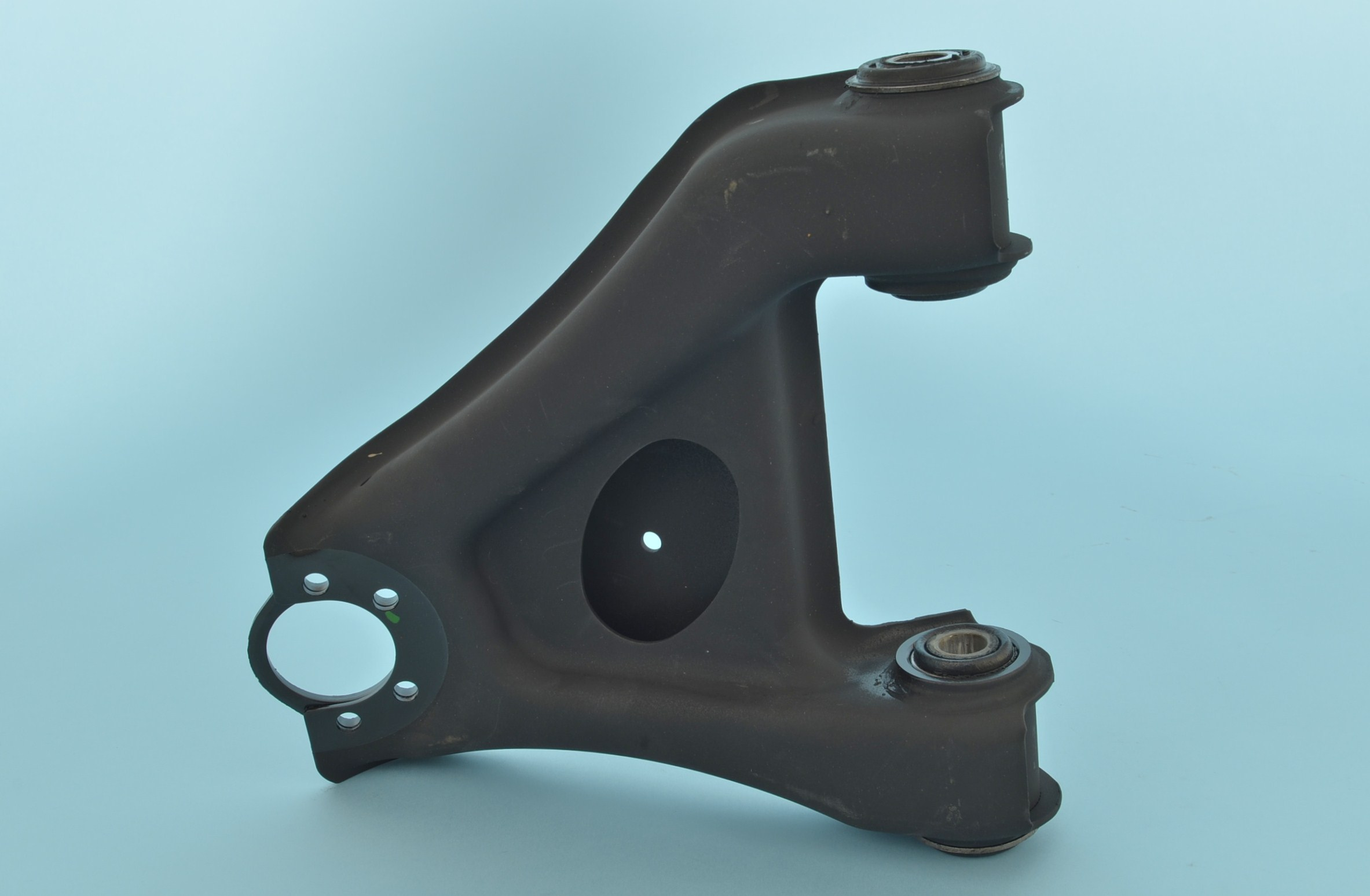 CONTROL ARM UPPER RIGHT FRONT