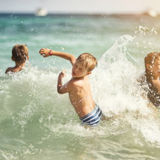 Children in the Sea, The Algarve