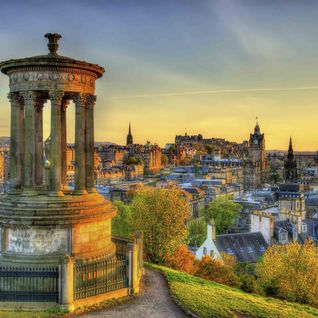 Panoramic views from Dugald Stewart Monument, Edinburgh