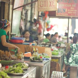 hanoi-local-food-market