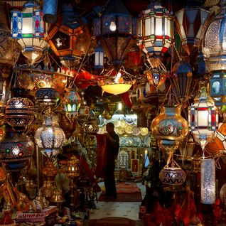lighting stall souq