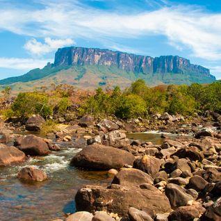 Kukenan River and Kukenan Tepui
