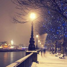 London Thames Winter