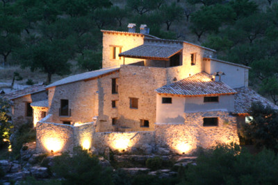 Mas del la Serra at night