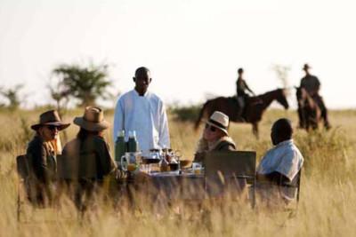 riding_safari_botswana_makgadikgadi_salt_pans