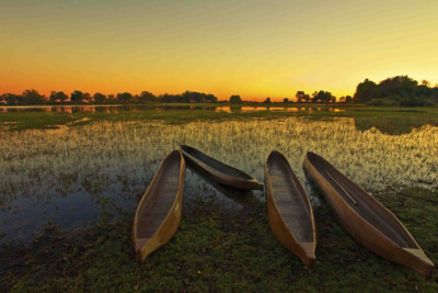Africa_Botswana_Okavango_Delta_boats