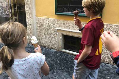 children walking in rome
